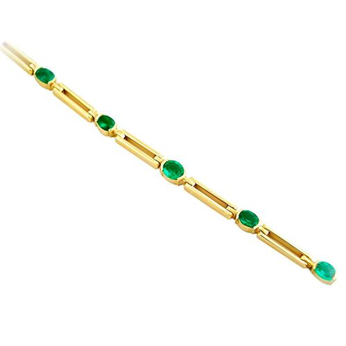 9 Oval Shaped Natural Emeralds Set in 18K Gold Bracelet With Long Links