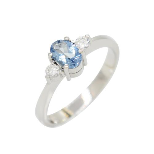 3 Stones Ring with Oval Shape Aquamarine and Brilliant Cut Diamonds in White Gold