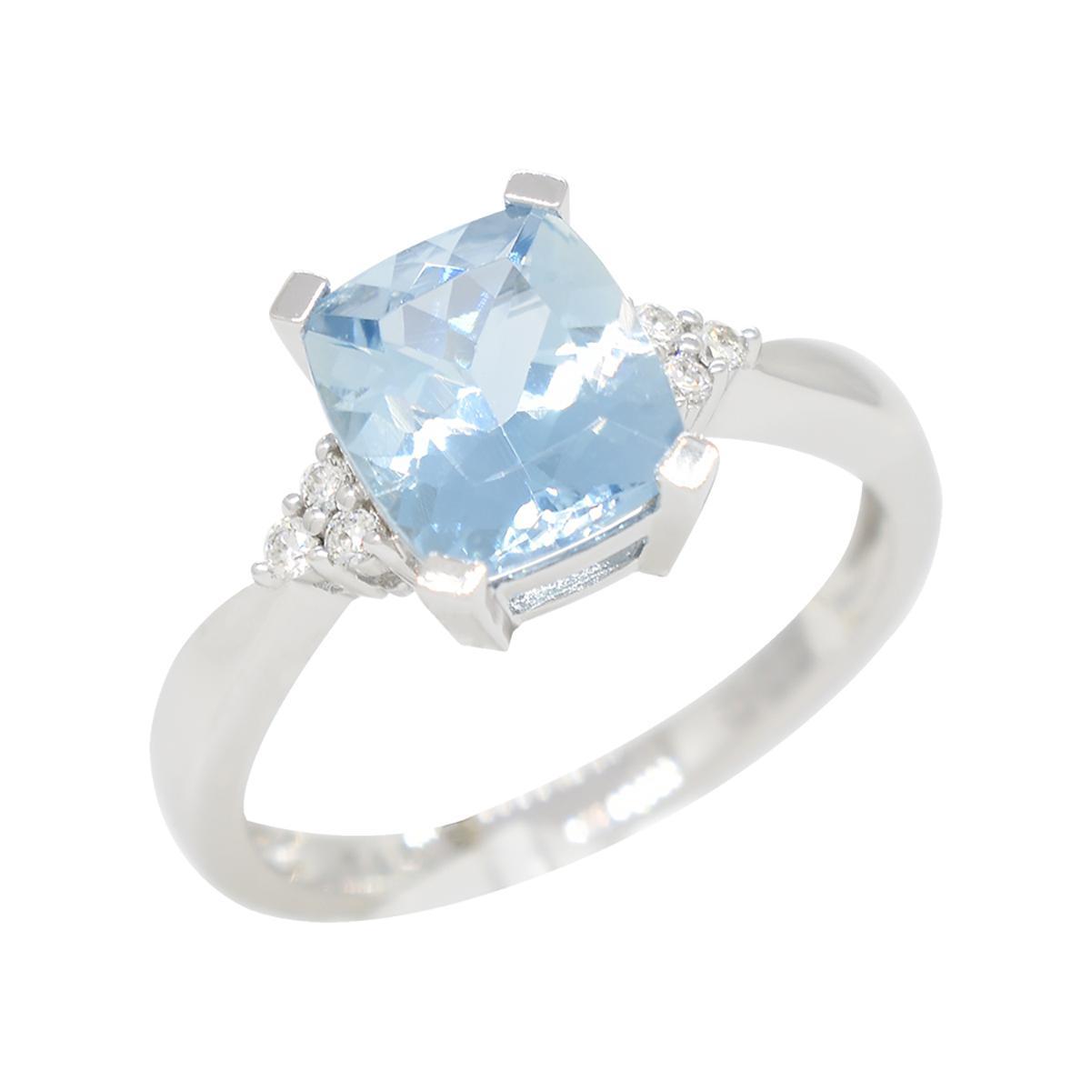 diamond-and-aquamarine-ring-with-stunning-blue-color-cushion-cut-aquamarine