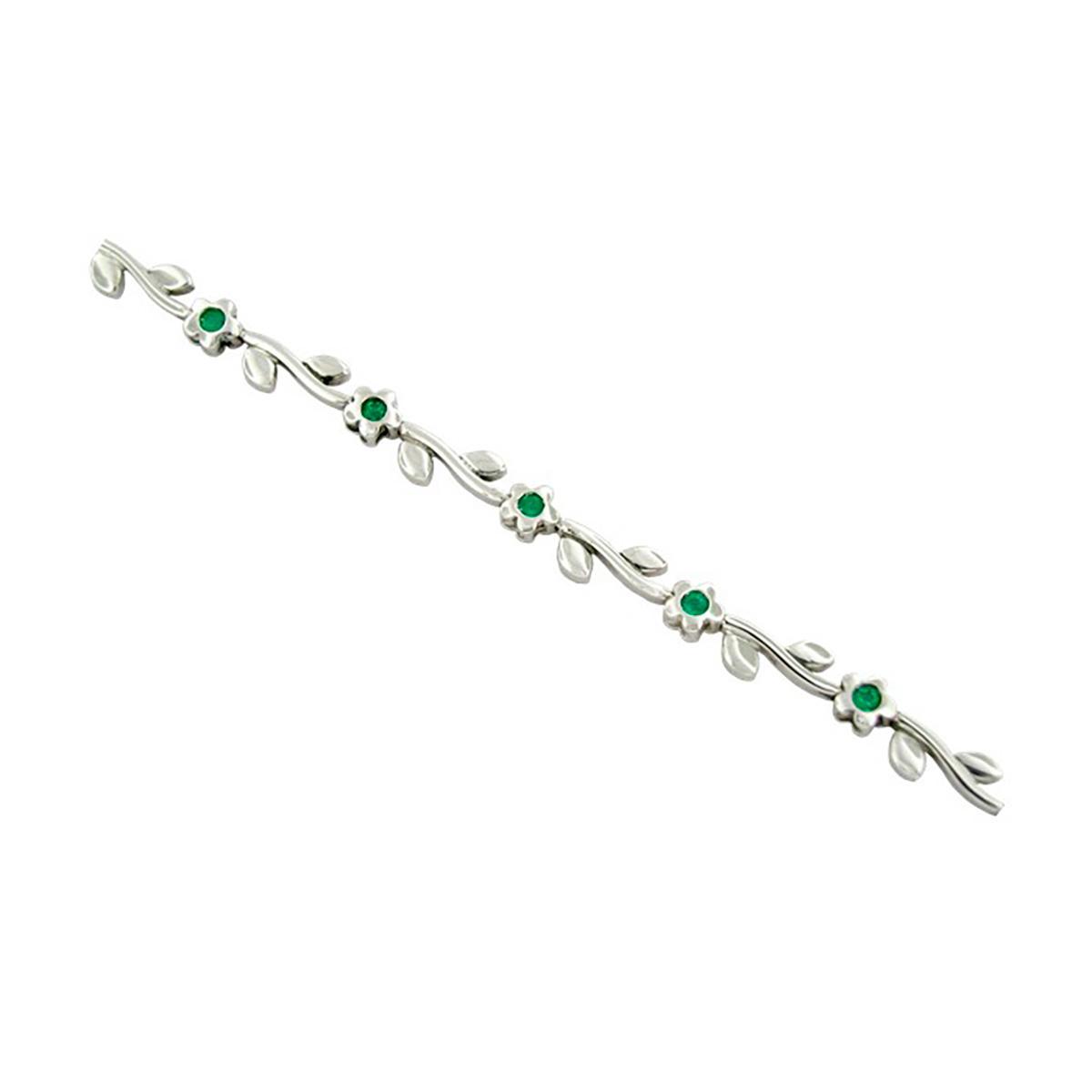dainty-emerald-bracelet-in-18k-white-gold-flower-design