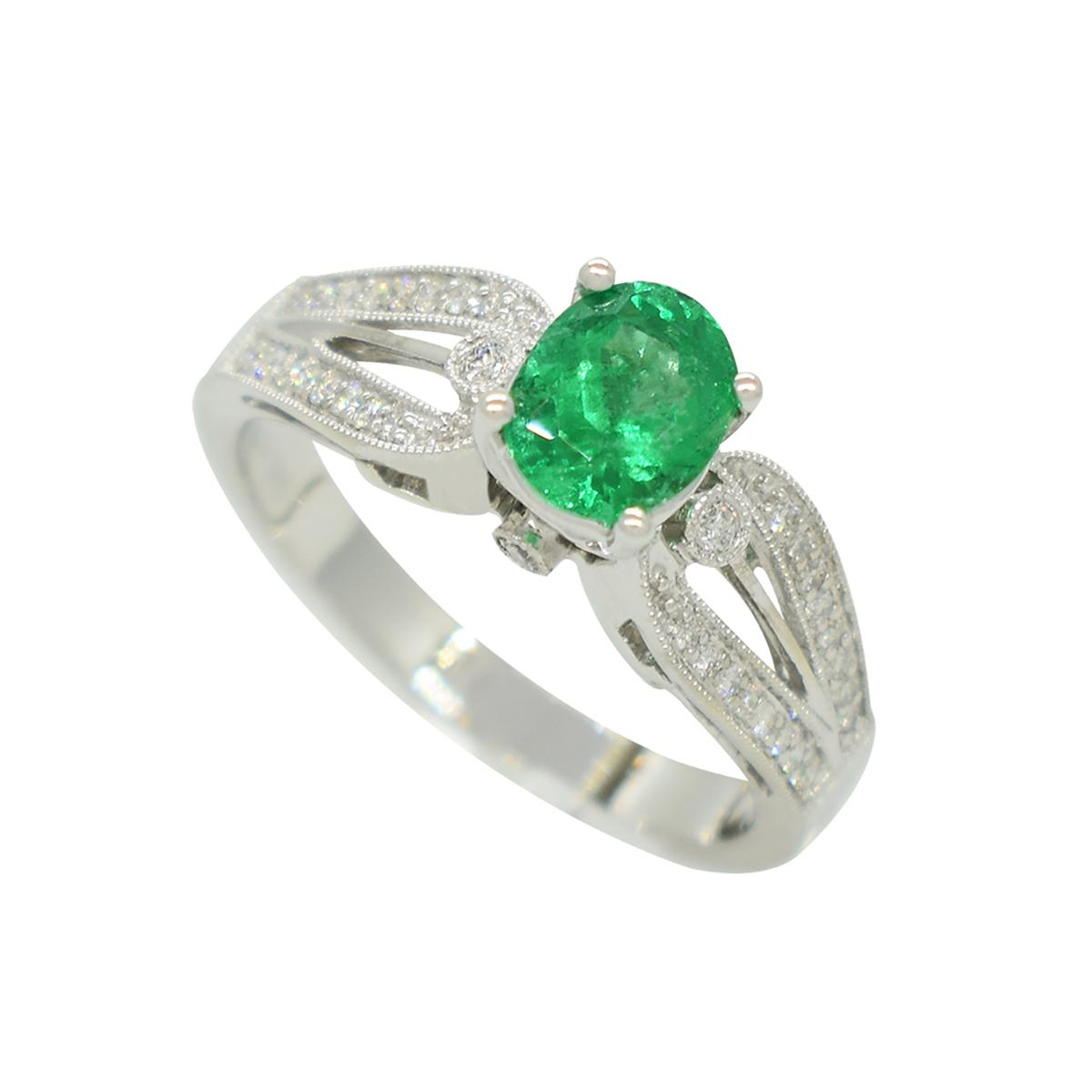 emerald-ring-in-white-gold-with-diamond-accents-in-micro-pave