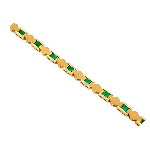 Emerald Bracelet in 18K Yellow Gold in Fine Sandblast Finished