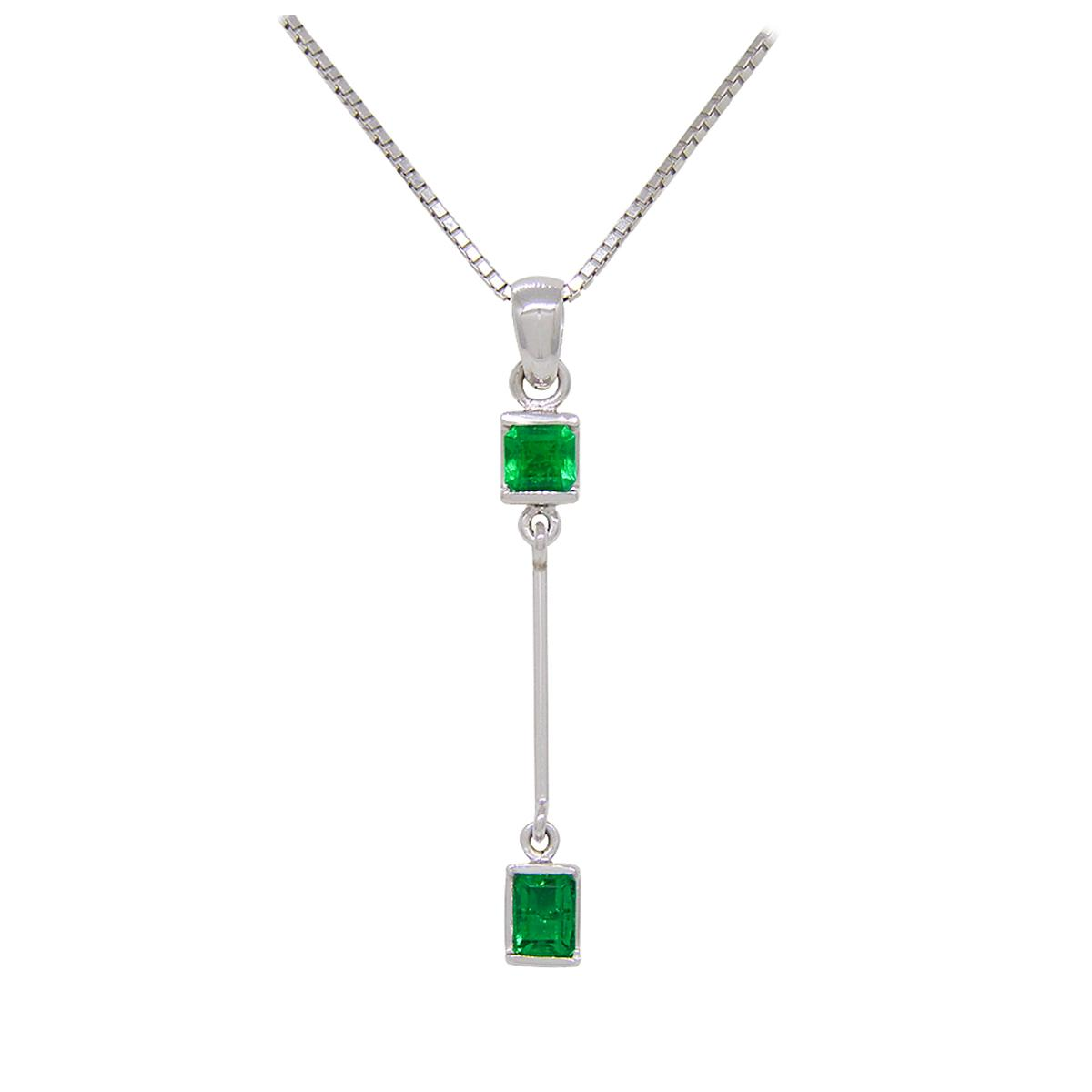 emerald-necklace-custom-made-in-18k-white-gold-for-baguette-cut-emeralds