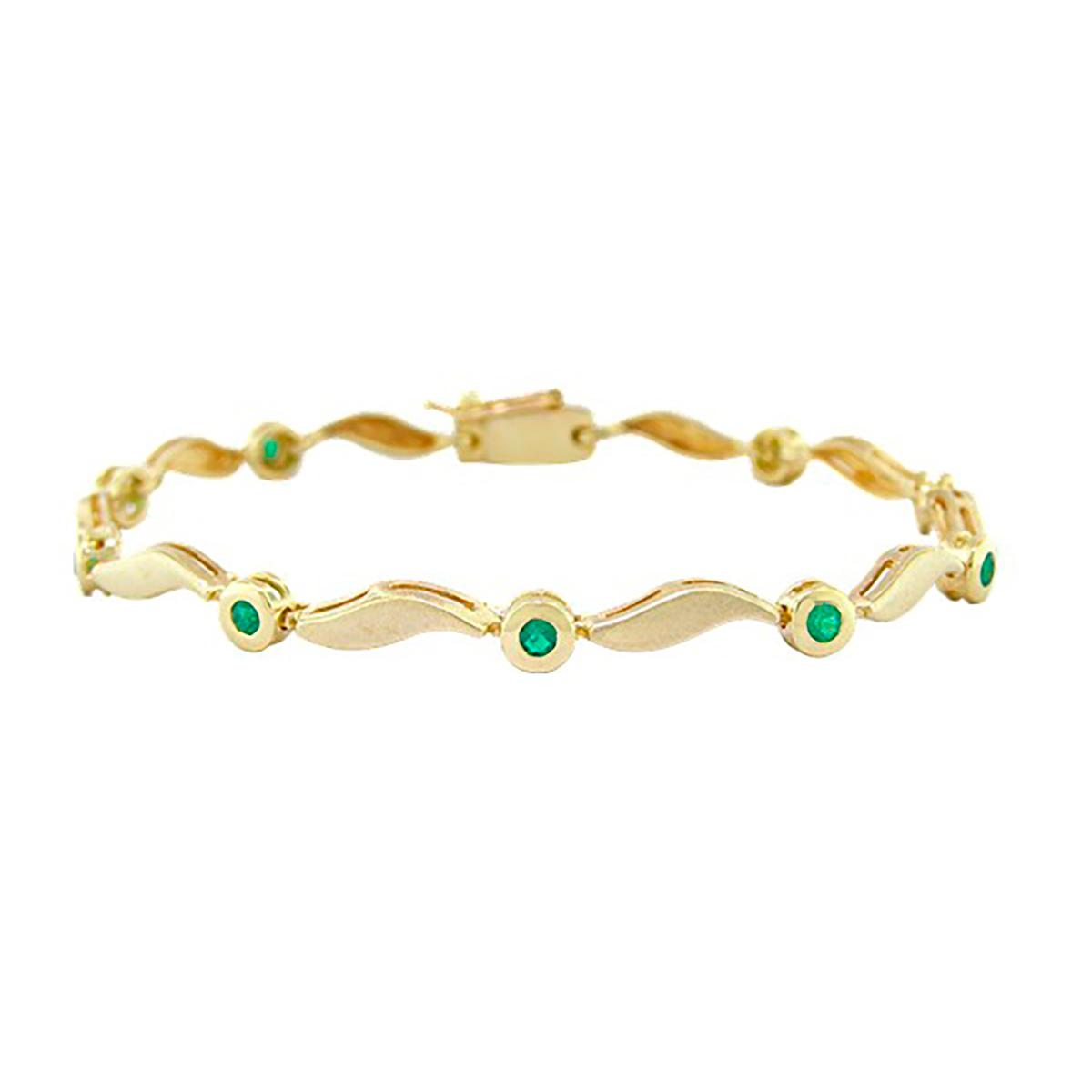 dainty-emerald-bracelet-in-18k-yellow-gold-with-round-emeralds-in-bezel-setting