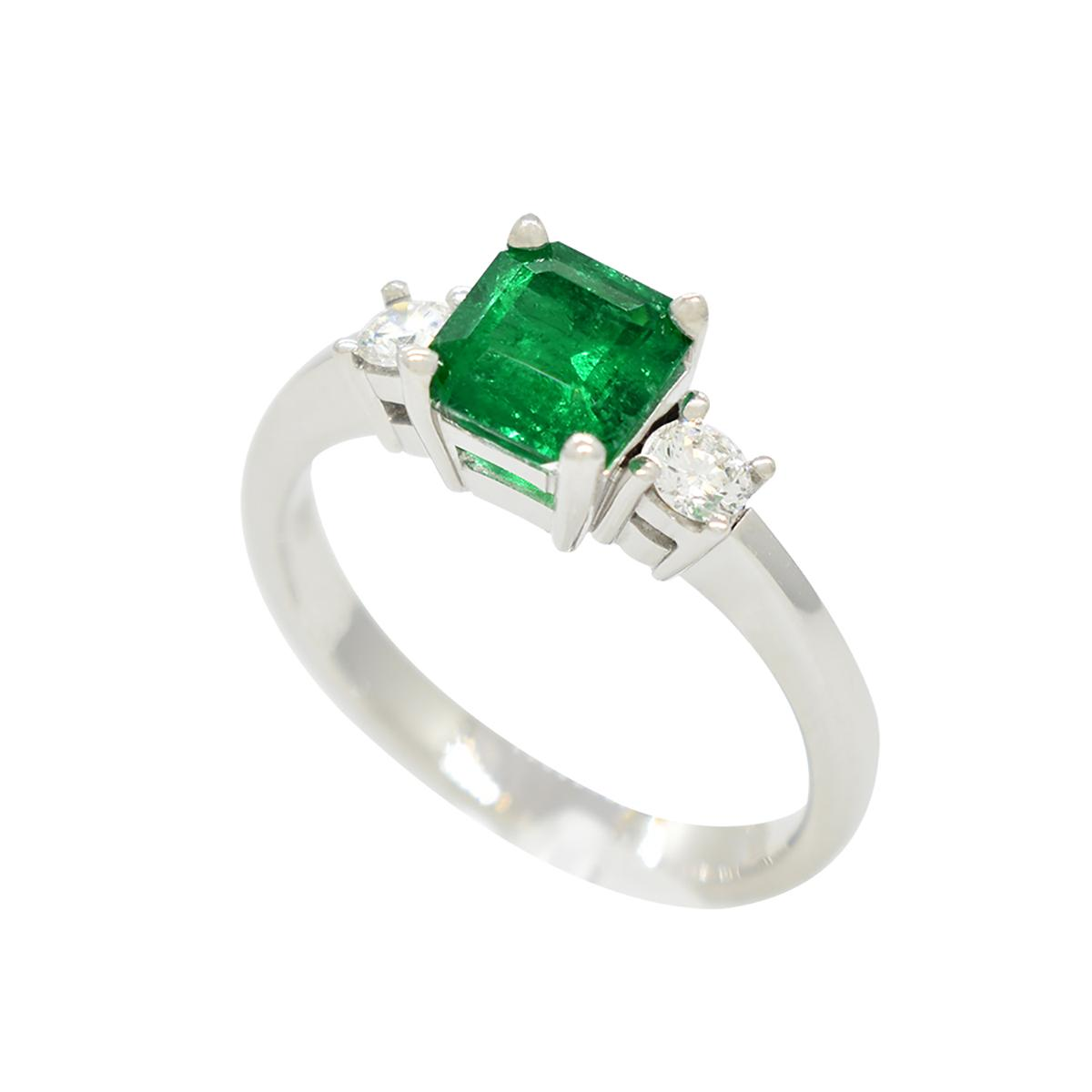 emerald-ring-with-round-diamonds-in-18k-white-gold-3-stones-ring-style--
