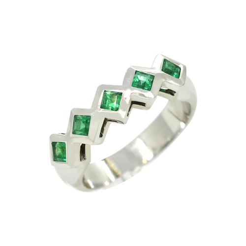 Square Cut Emeralds in 18K White Gold Ring in Bezel Setting Style