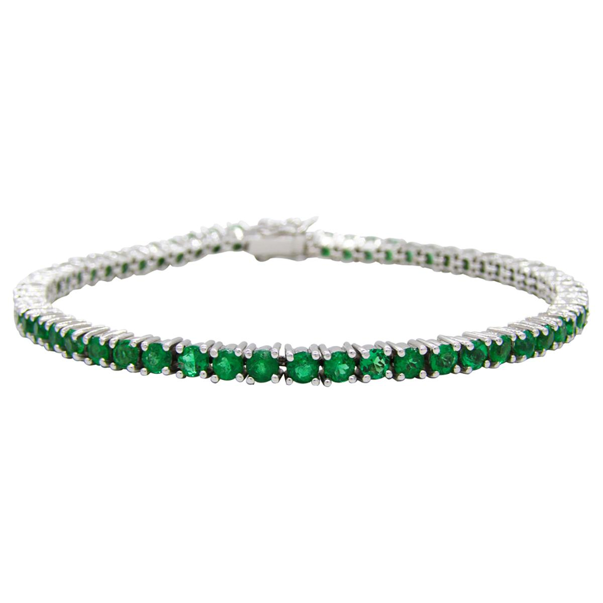 emerald-tennis-bracelet-in-18k-white-gold-with-round-natural-emeralds