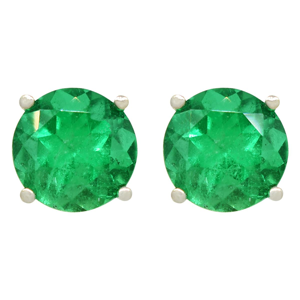 big-round-emeralds-stud-earrings-in-18k-white-gold-classic-prong-setting
